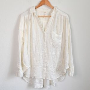 Free People oversized white button down Xs